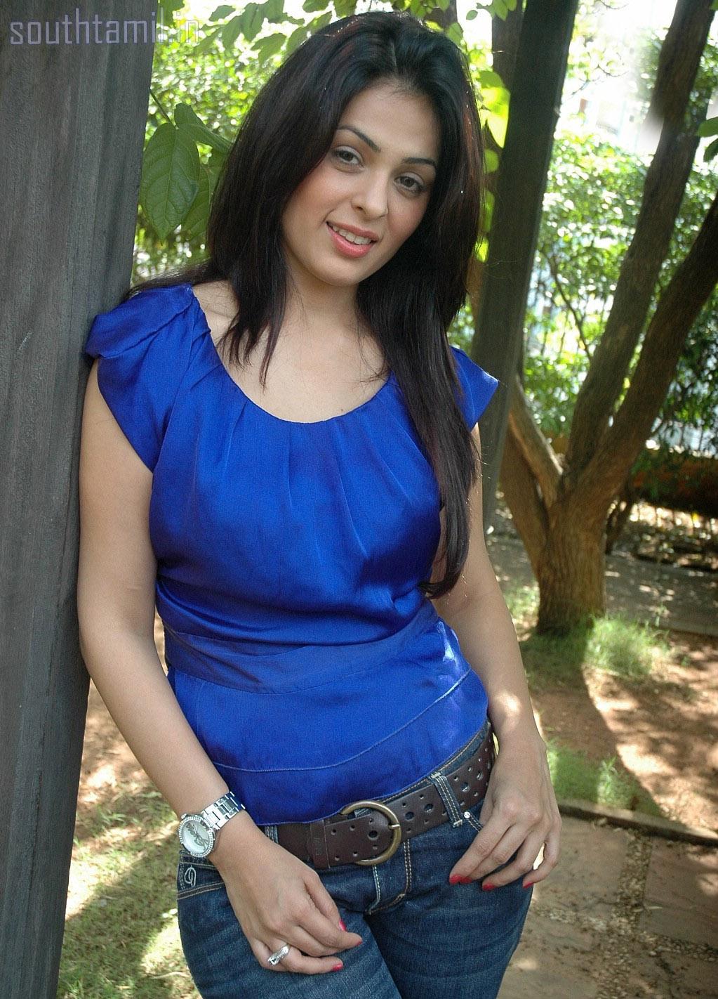Anjana sukhani hot-9879