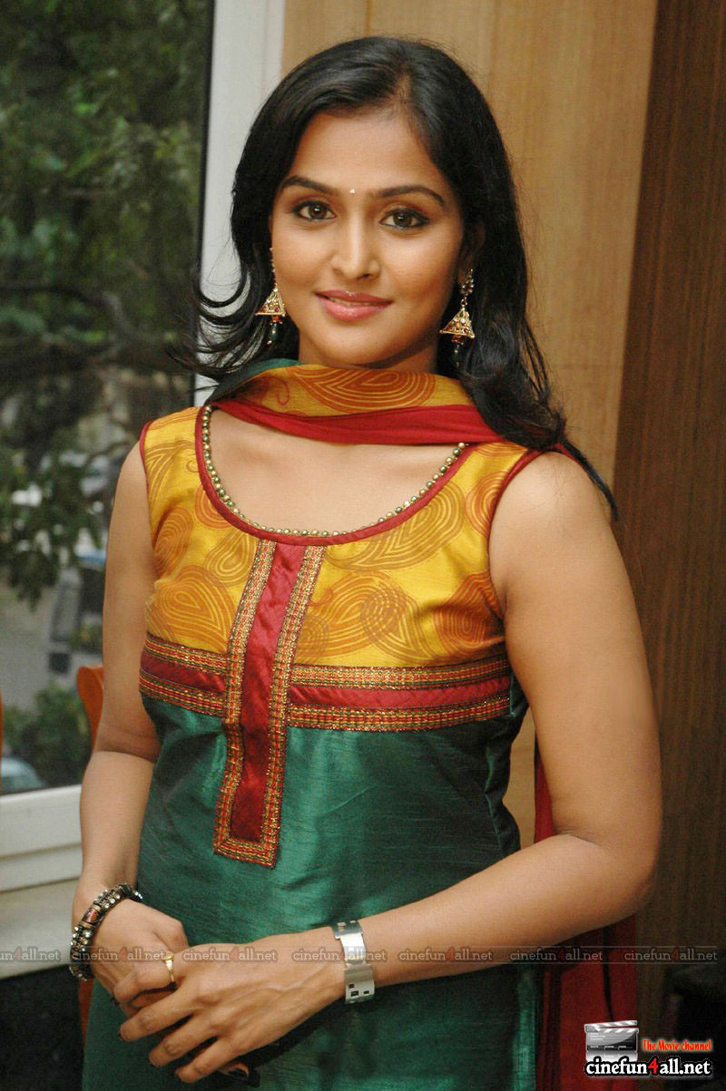 image Remya nambeeshan hottest smooch