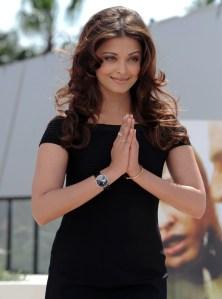 'Aishwarya Rai' Photo Shoot cleavage