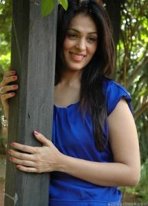 Bollywood hot actress Anjana Sukhani pics | Anjana Sukhani latest photos | Anjana Sukhani Telugu Don Seenu movie heroine sexy stills Photoshoot images
