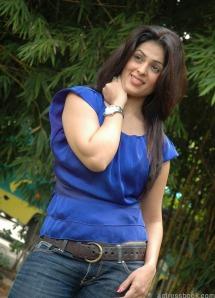 Bollywood hot actress Anjana Sukhani pics | Anjana Sukhani latest photos | Anjana Sukhani Telugu Don Seenu movie heroine sexy stills navel show