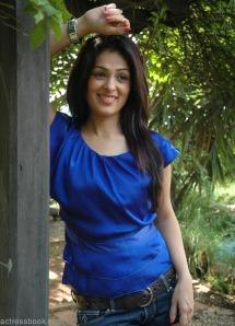 Bollywood hot actress Anjana Sukhani pics | Anjana Sukhani latest photos | Anjana Sukhani Telugu Don Seenu movie heroine sexy stills wallpapers
