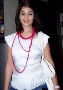 Bollywood Sexy Sensation Stars Anjana Sukhani Cute Smile Pics hot photos