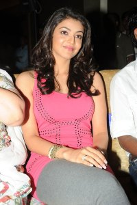 kajal @ yemaindhi ee vela audio release cleavage