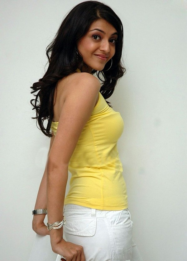 wet Kajal agarwal hot dress transparent