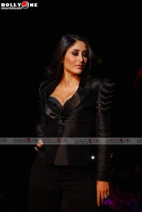 Kareena Kapoor Human Fashion Show |Hot Photos sexy stills