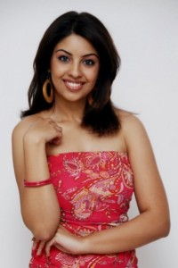 Richa Gangopadhyay Latest Hot Photos glamour images