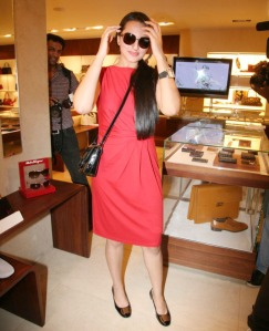 sonakshi sinha looking hot in red dress Photoshoot images