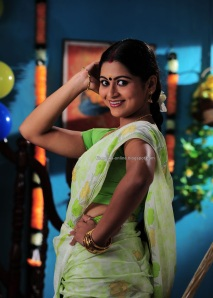 http://filmnews-online.blogspot.com -Sruthi lakshmi